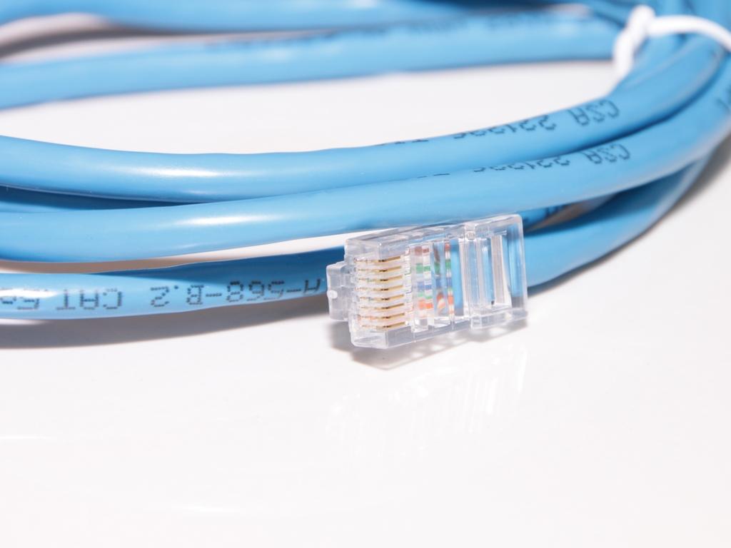 """Die Deutsche Telekom hat angekündigt, zukünftig die Bandbreite – also die Geschwindigkeit von Internetanschlüssen im Festnetz- zu """"drosseln"""", sobald das High-Speed Volumen aufgebraucht ist. Konkret bedeutet das, dass bei einem DSL mit einer Bandbreite von bis zu 16 Mbit/s (1,91 MegaByte pro Sekunde) der Anschluss ab einem Verbrauch von 75 […]"""